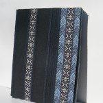 Livre bleu : LECLAT TURQUOISE TORSADE LE TEMPS